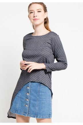 Trudy Knit Top in Black-White