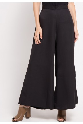 Almas Pants in Black