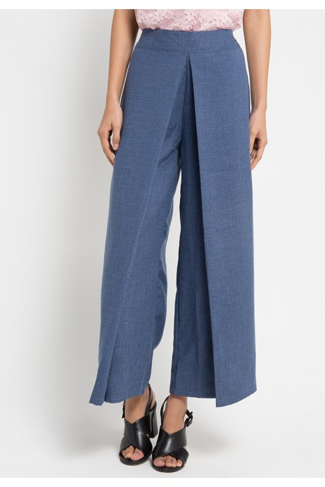 Cheasa Pants in Blue