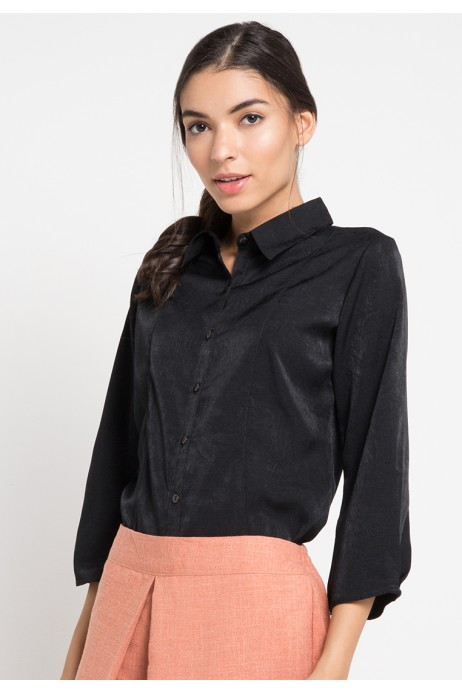 Macy Shirt in Black