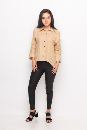 Evie Shirt in Beige