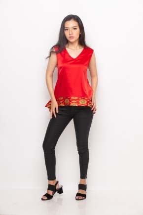 Rayna Blouse in Red