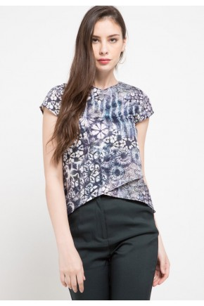 Plume Assymertical Blouse In Grey Print